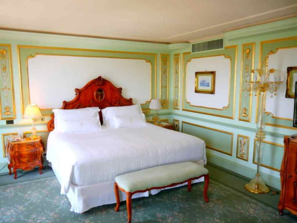 Parco dei Principi bedroom