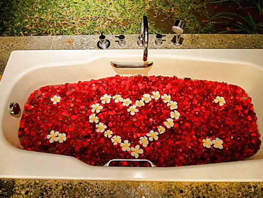 Kayumanis bath