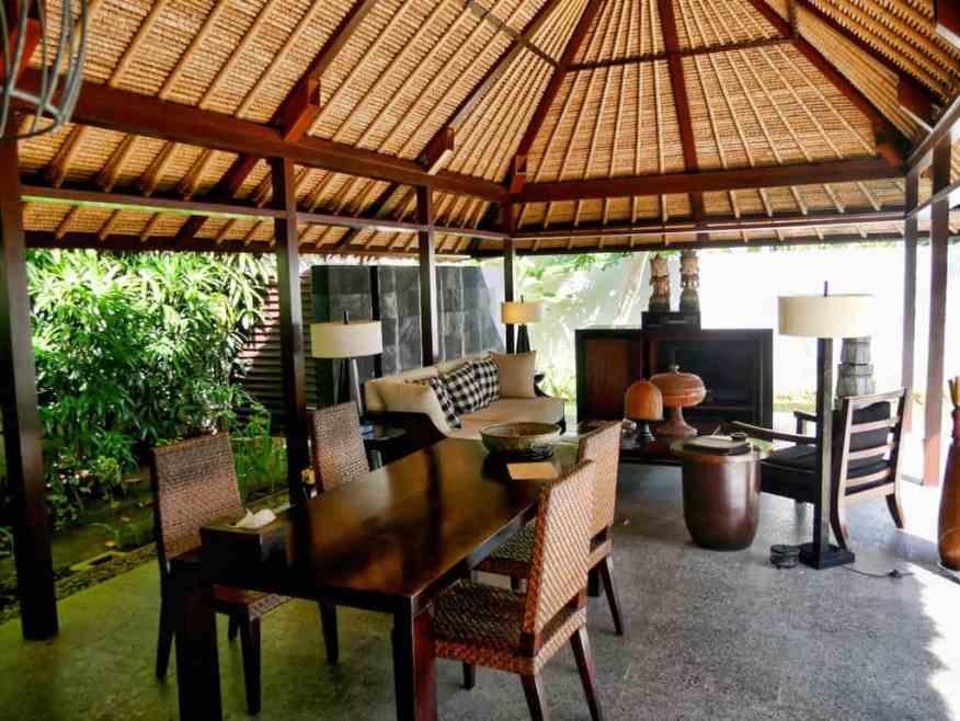 Kayumanis private villas