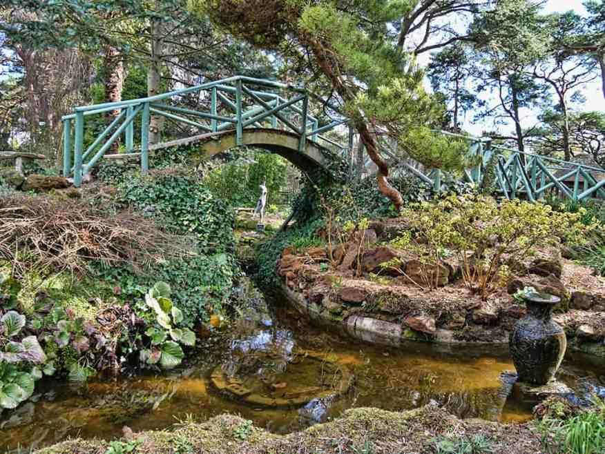 water-garden-statue-compton-acres