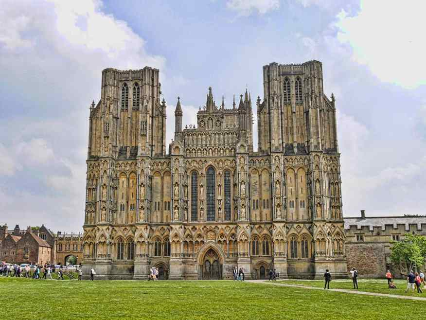 wells-cathedral-somerset-visit
