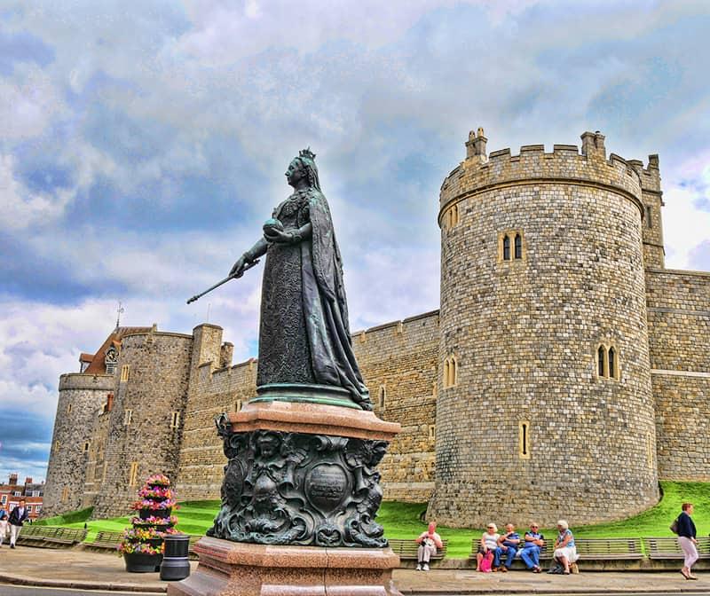 windsor-castle-queen-victoria