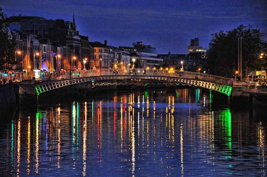 ha'penny-bridge-night