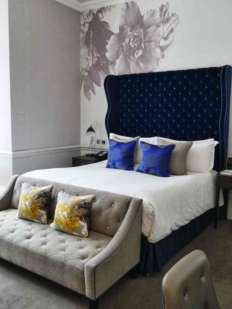 ampersand_bedroom
