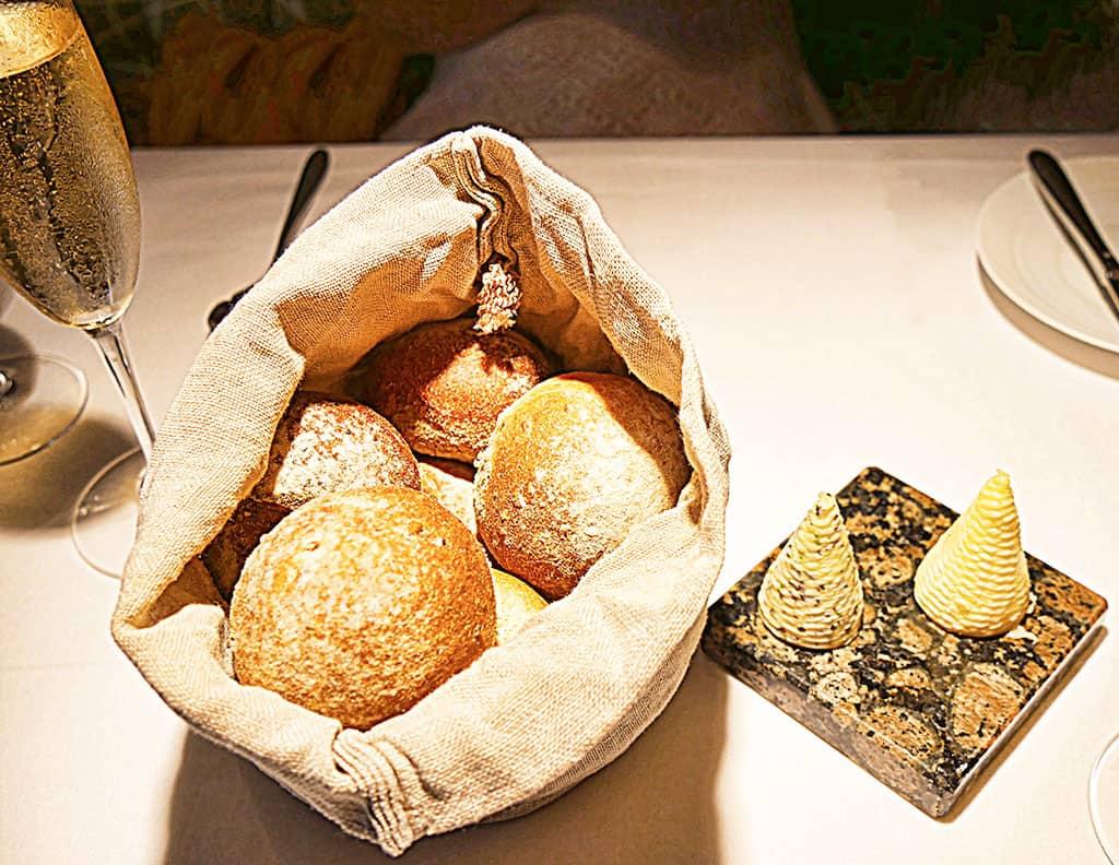 bohemia_jersey_bread