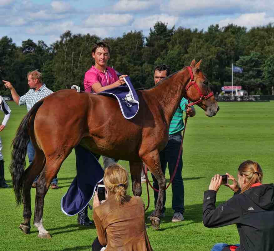 julieta_best_playing_pony