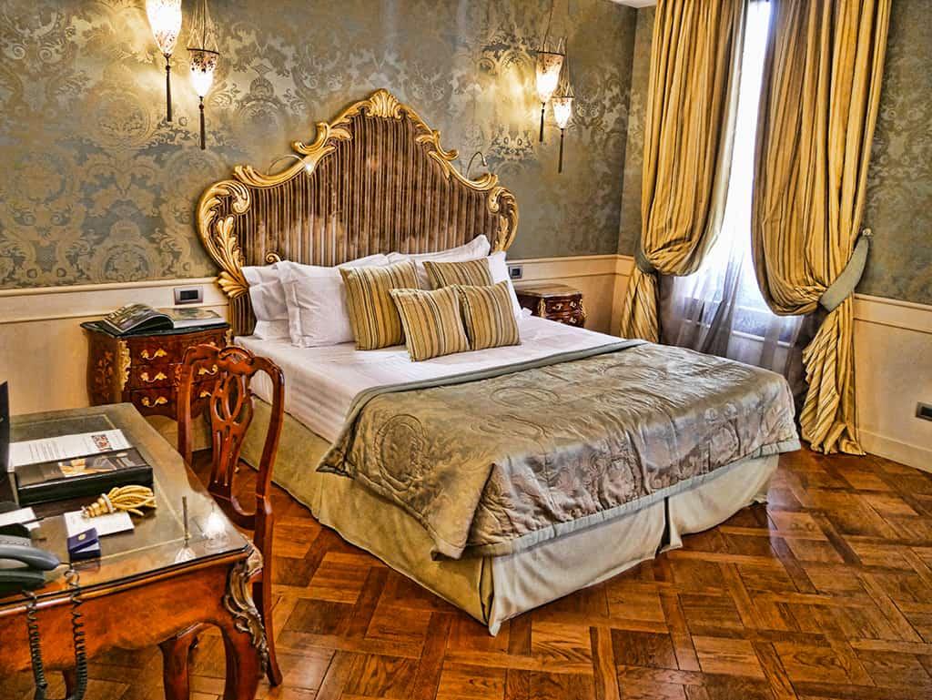 baglioni_luna_room
