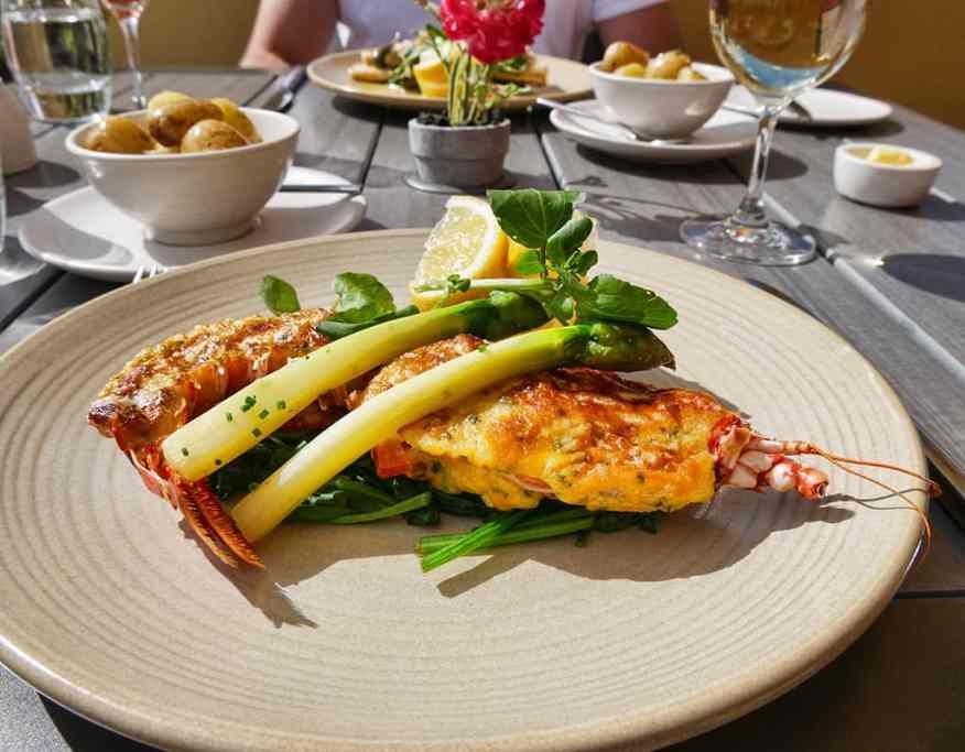 mark_jordan_at_the_beach_lunch_menu