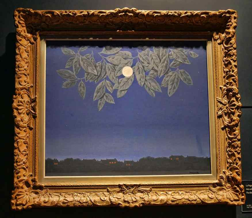 magritte-museum-brussels-visit