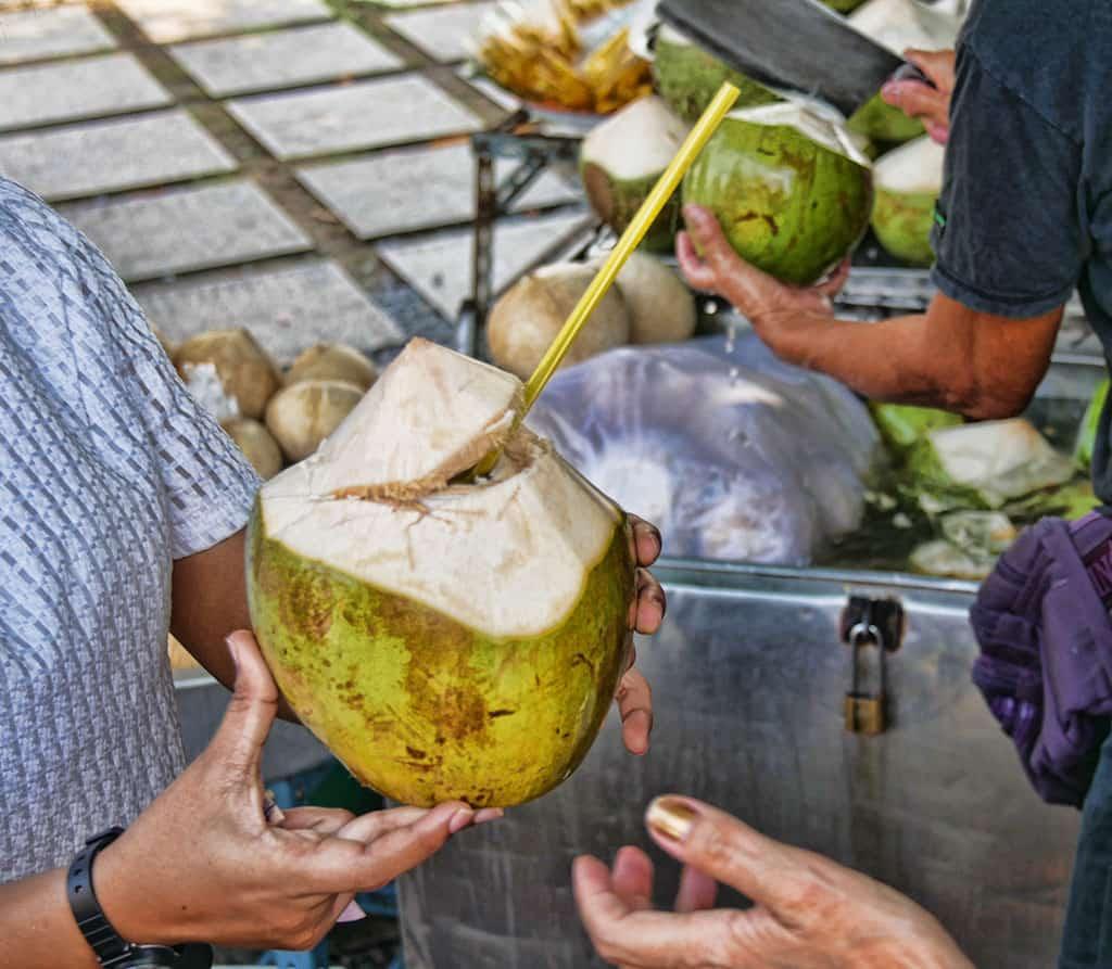 fresh-coconut-bangkok