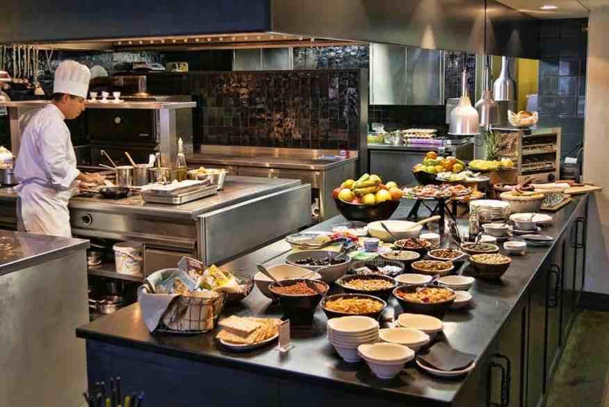 cordee_des_alpes_verbier_breakfast
