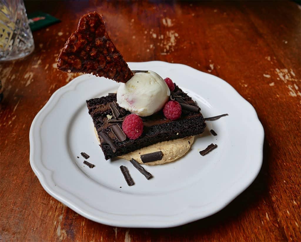 Roseleaf Cafe dessert