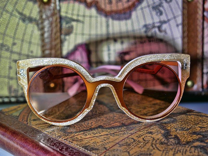 Stylish Fendi sunglasses - love these oversized shades!