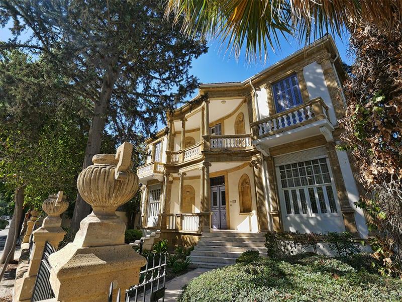 A luxurious old villa in Nicosia, Cyprus