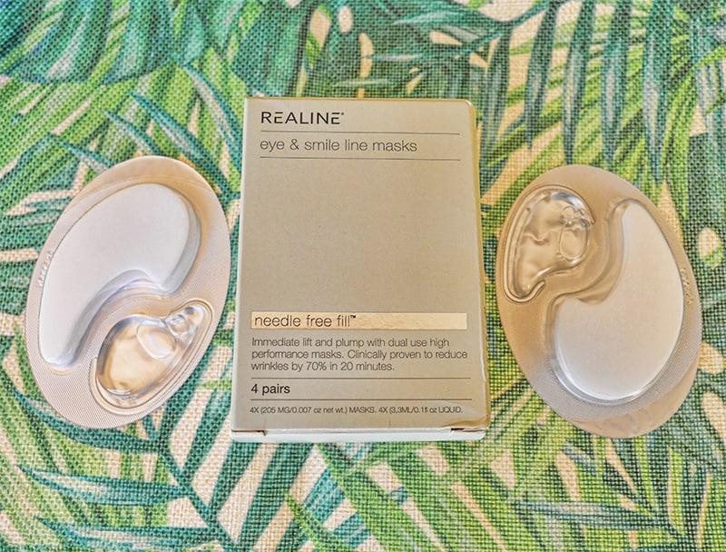 Realine eye & smile line masks