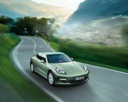 Porsche Panamera S Hybrid3