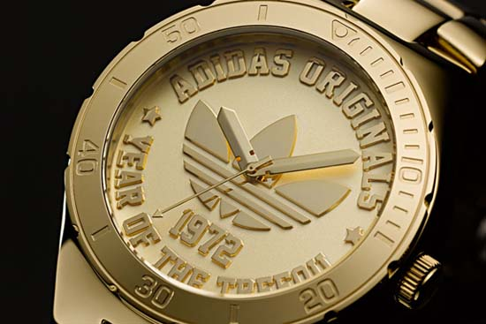 adidas-originals-trefoil-watch-40th-anniversary-04