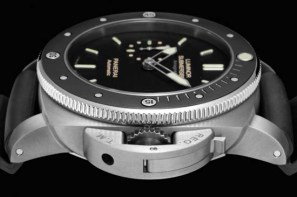 Panerai-PAM-389-Amagnetic-Luminor-Submersible-4