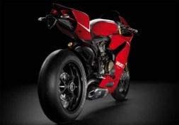 2013-Ducati-1199-Panigale-R-2