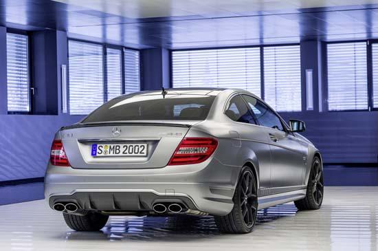 Mercedes-C63-AMG-Edition-507-02