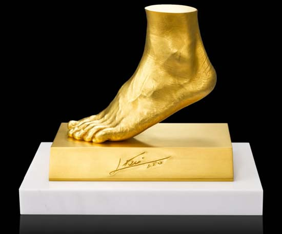 leo messi golden foot