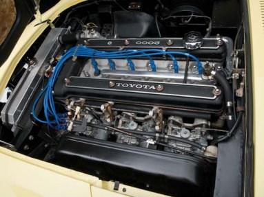 1967-Toyota-2000GT-05