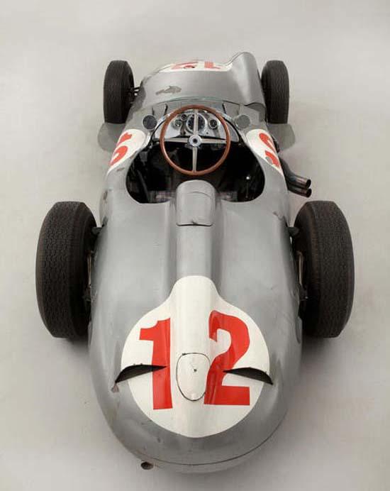 Fangio-Mercedes-W196-3