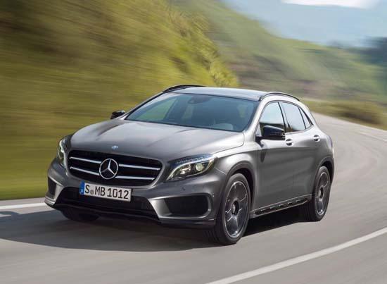 2015-Mercedes-Benz-GLA-1