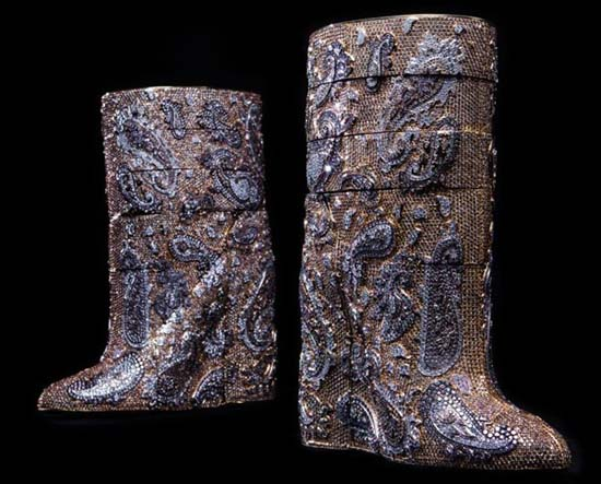 worlds-most-expensive-diamond-boots-4