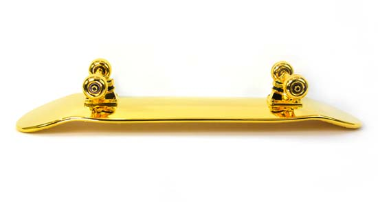 gold-plated-skateboard-shut-nyc-4