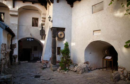 Main Entrance, view from inner courtyard