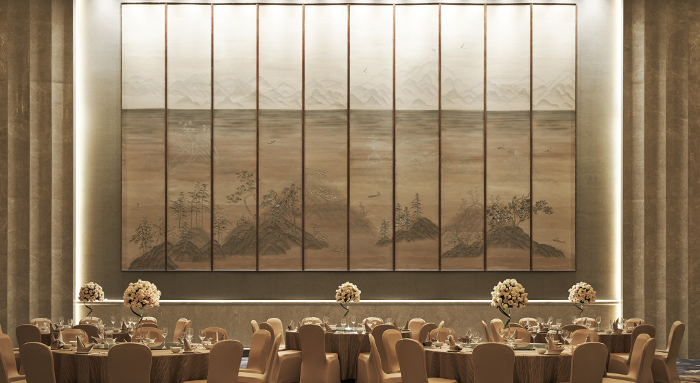 Shangri-La-Tianjin-Grand-Ballroom-Wedding-Set-Up