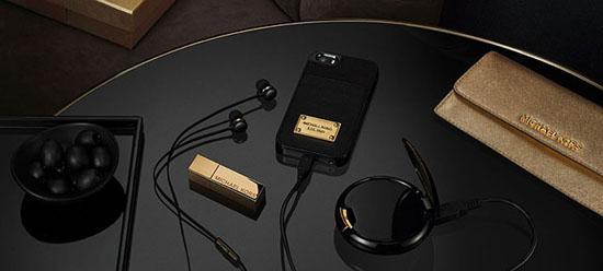Michael Kors x Duracell Tech Accessories