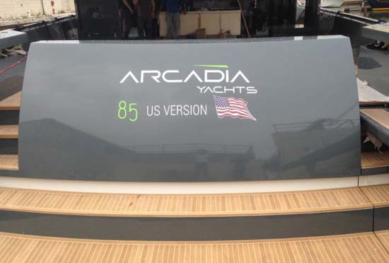 Arcadia-85-US-Edition-hull-8-aft-view