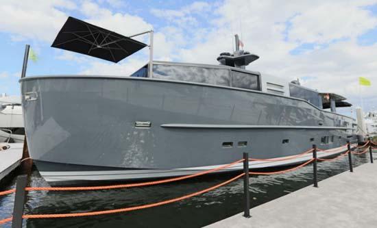 Luxury-superyacht-Arcadia-85-US-Edition-hull