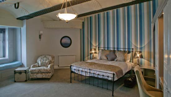 Victorian-Sea-Fort-Luxury-Hotel-04