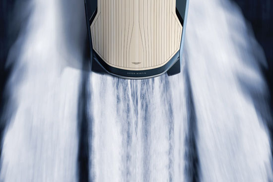 quintessence-yachts-aston-martin-am37-powerboat-03