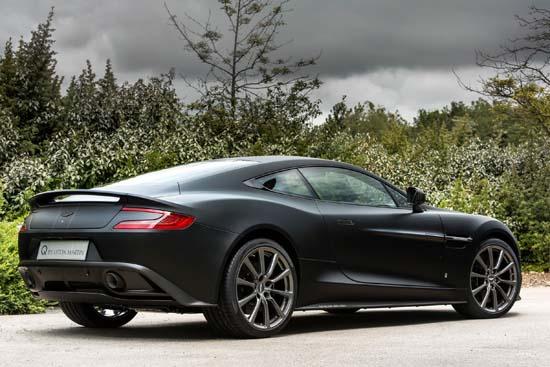Aston-Martin-Vanquish-One-of-Seven02