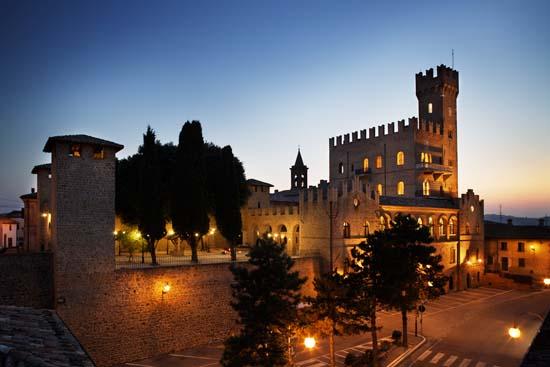 Castello-di-Tavoleto-1