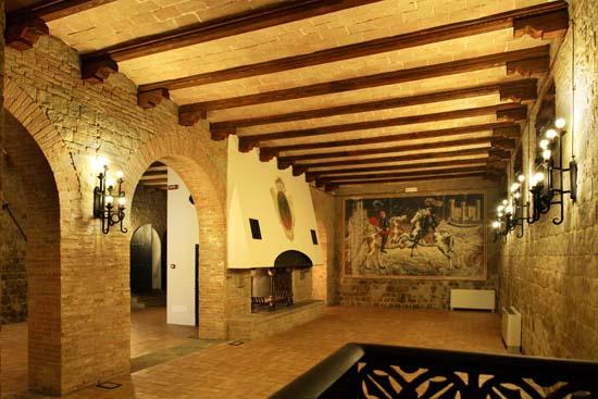 Castello-di-Tavoleto-2