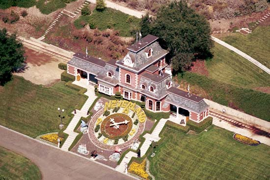 michael-jacksons-neverland-ranch-1