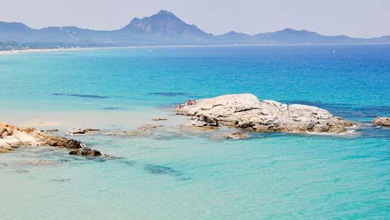 Best-beaches-in-Sardinia-Italy-Scoglio-di-Peppino