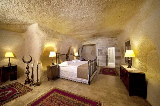 Yunak-Evleri-5-Star-Cave-Hotel-4