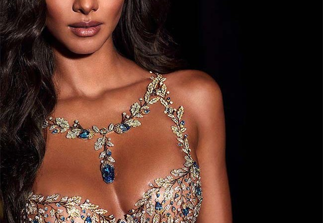 Lais Ribeiro Will Wear This Year's $2 Million Fantasy Bra