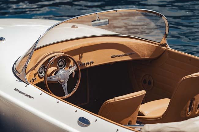Hermes Speedster interior