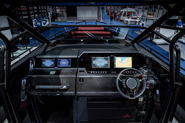 Brabus Shadow 900 interior