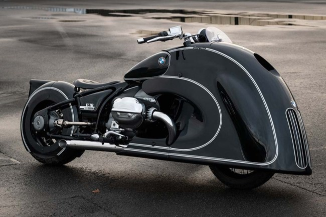 This BMW R18 ?Spirit of Passion? by Kingston Custom Is An Art-Deco Masterpiece!