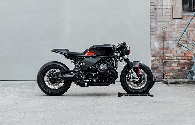 Hookie Cobra BMW R NineT Motorcycle