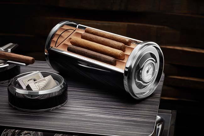 Rolls-Royce Cellarette Cigar Box