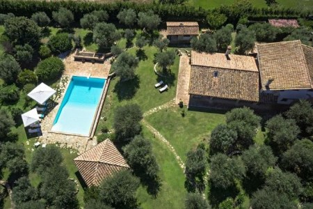 Casolare dei Pini near Capalbio | Tuscan farmhouse with infinity pool